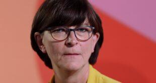 Esken kritisiert Umgang der Öffentlichkeit mit Politikerinnen 310x165 - Esken kritisiert Umgang der Öffentlichkeit mit Politikerinnen