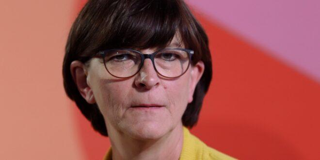 Esken kritisiert Umgang der Öffentlichkeit mit Politikerinnen 660x330 - Esken kritisiert Umgang der Öffentlichkeit mit Politikerinnen
