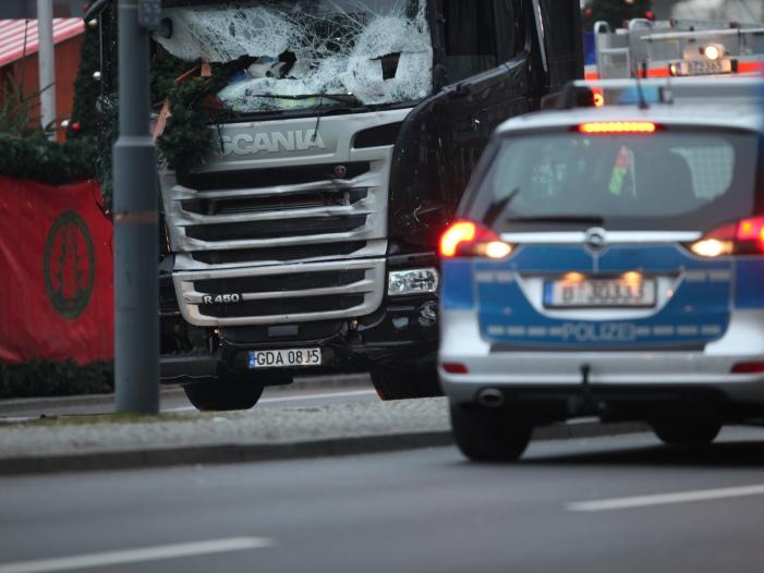 Photo of Fall Amri: Opferfamilien kritisieren Bundesregierung scharf