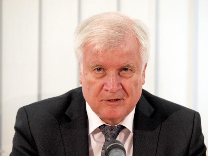 Photo of Fall Miri: Seehofer legt Plan gegen illegale Einreise vor