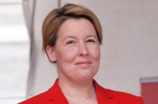 Giffey unterstützt SPD Kandidatenduo GeywitzScholz 310x205 - Giffey unterstützt SPD-Kandidatenduo Geywitz/Scholz