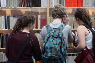 IW Studie Häufiges Lesen begünstigt Schulnoten 310x205 - IW-Studie: Häufiges Lesen begünstigt Schulnoten