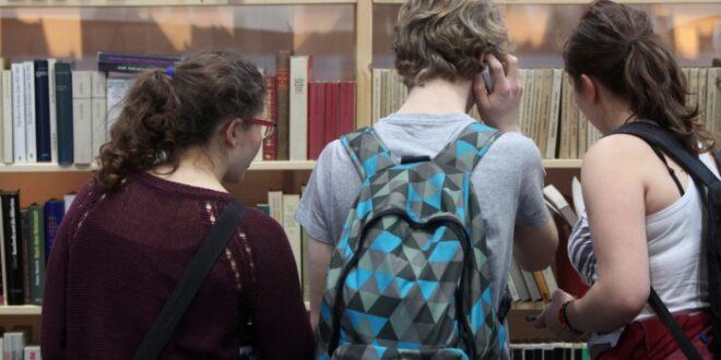 IW Studie Häufiges Lesen begünstigt Schulnoten 660x330 - IW-Studie: Häufiges Lesen begünstigt Schulnoten