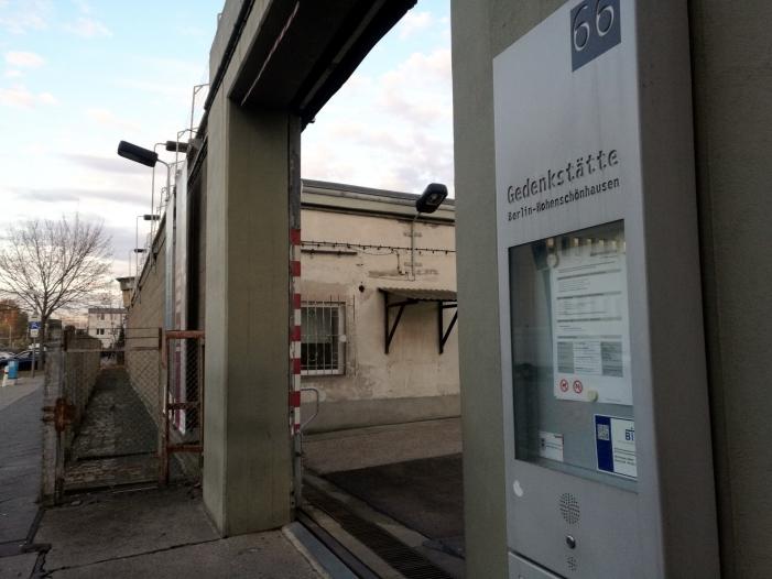 Interesse an Stasi Unterlagen unverändert hoch - Interesse an Stasi-Unterlagen unverändert hoch