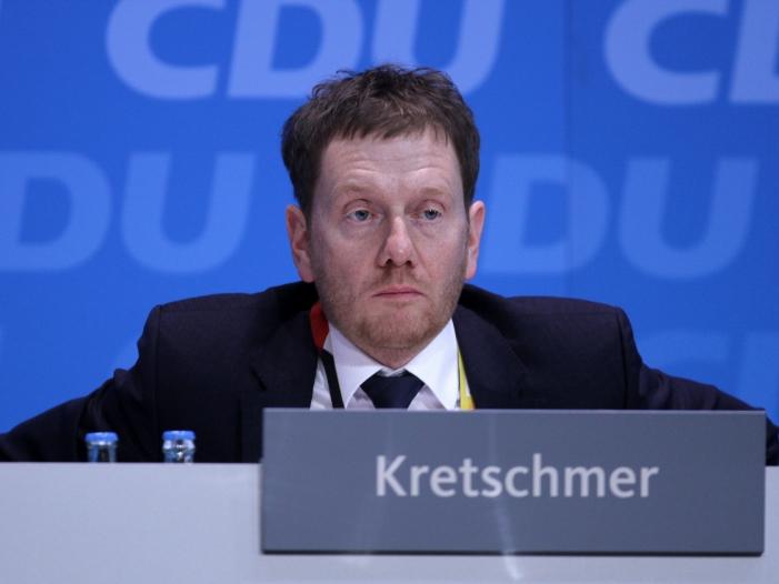 Bild von Kretschmer weist Rufe aus AfD und CDU nach Zusammenarbeit zurück