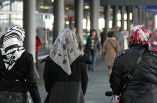 Linnemann will Kopftuchverbot für Mädchen unter 14 Jahren 310x205 - Linnemann will Kopftuchverbot für Mädchen unter 14 Jahren