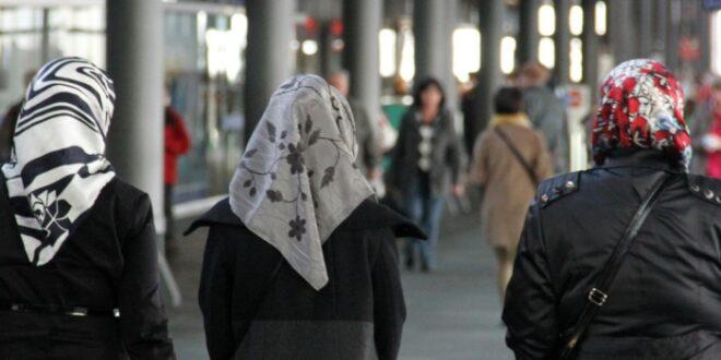 Linnemann will Kopftuchverbot für Mädchen unter 14 Jahren 660x330 - Linnemann will Kopftuchverbot für Mädchen unter 14 Jahren