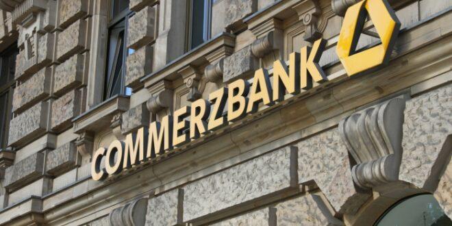 Negativzinsen Commerzbank bittet Firmenkunden verstärkt zur Kasse 660x330 - Negativzinsen: Commerzbank bittet Firmenkunden verstärkt zur Kasse