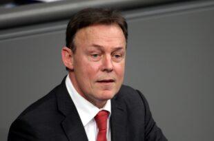 Oppermann lehnt AfD Politiker als Bundestagsvizepräsidenten ab 310x205 - Oppermann lehnt AfD-Politiker als Bundestagsvizepräsidenten ab