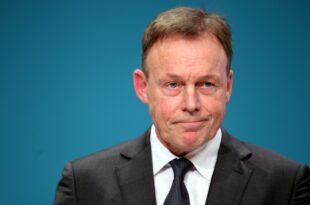 Oppermann lehnt Kühnerts Hartz IV Plan ab 310x205 - Oppermann lehnt Kühnerts Hartz-IV-Plan ab