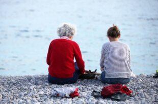Rentenerhöhung 51.000 Senioren müssen 2020 erstmals Steuern zahlen 310x205 - Rentenerhöhung: 51.000 Senioren müssen 2020 erstmals Steuern zahlen