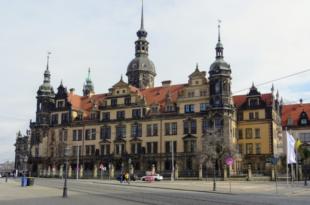 Residenzschloss 310x205 - Juwelendiebstahl in Dresden: Rufe nach Konsequenzen werden laut
