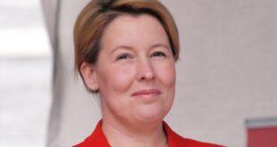 SPD Vorsitz Giffey plädiert für Kandidatenduo Scholz und Geywitz 310x165 - SPD-Vorsitz: Giffey plädiert für Kandidatenduo Scholz und Geywitz