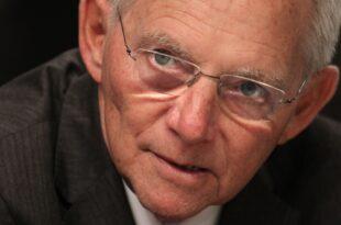 Scholz kritisiert Schäuble für EZB Äußerung 310x205 - Scholz kritisiert Schäuble für EZB-Äußerung