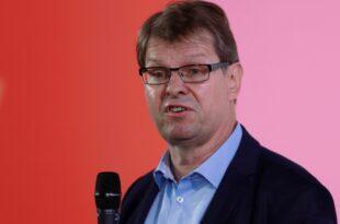 Stegner kritisiert Ablauf der ersten Bewerberrunde um SPD Vorsitz 310x205 - Stegner kritisiert Ablauf der ersten Bewerberrunde um SPD-Vorsitz