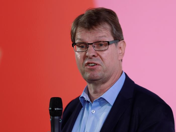 Stegner kritisiert Ablauf der ersten Bewerberrunde um SPD Vorsitz - Stegner kritisiert Ablauf der ersten Bewerberrunde um SPD-Vorsitz