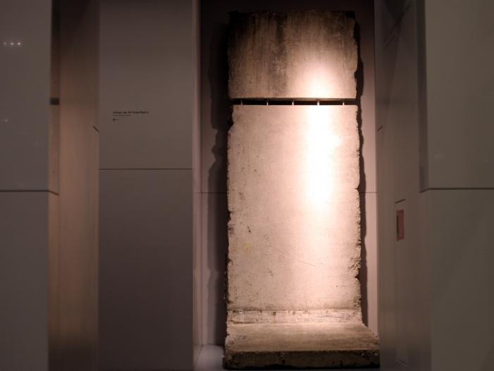 Bild von Steinmeier: Berliner Mauer fiel nach langem und mutigem Kampf