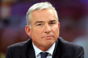 Strobl besorgt wegen Morddrohungen gegen Grünen Politiker 310x205 - Strobl besorgt wegen Morddrohungen gegen Grünen-Politiker