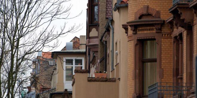 Studie Immer weniger Deutsche leisten sich Eigenheim 660x330 - Studie: Immer weniger Deutsche leisten sich Eigenheim