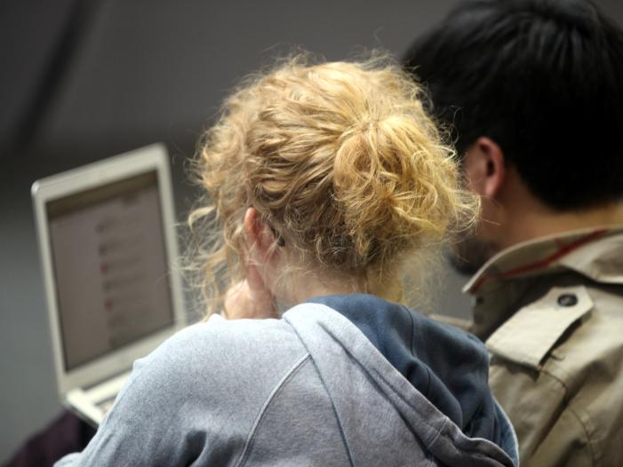 Studie Männer bei Geldanlage risikobereiter als Frauen - Studie: Männer bei Geldanlage risikobereiter als Frauen