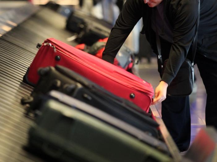 Photo of Verbraucherschützer fordern bessere Absicherung für Reisende