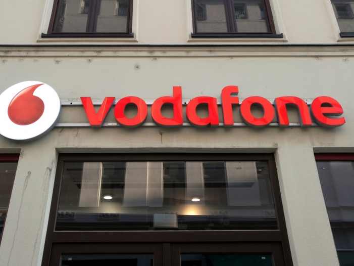 Photo of Vodafone-Deutschland-Chef kritisiert hohe Kosten für 5G-Auktion