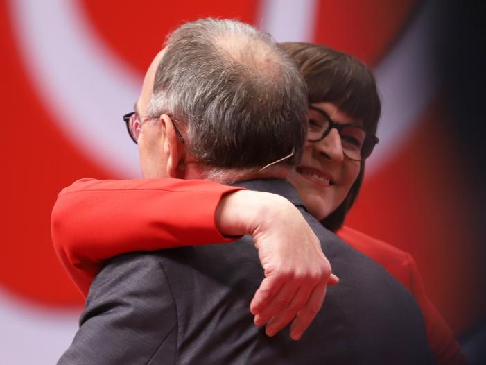 Photo of 75,9 Prozent für Esken: Ohne Konkurrenz war nur Gabriel schwächer