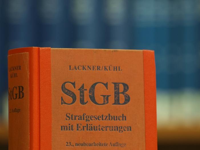 Bild von Berliner Ärztin erhebt Verfassungsbeschwerde gegen Paragraf 219a