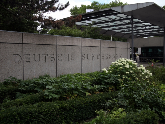 Bundesbank: Unternehmen werden Investitionen zurückhalten