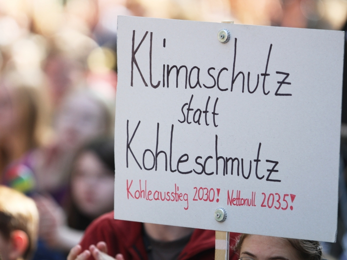 Photo of Bundestagspräsident: Klimaschutz gibt es nicht zum Nulltarif