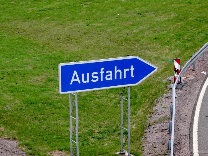 Bild von CDU-Politiker Patzelt kämpft mit Aufkleberaktion für Tempolimit