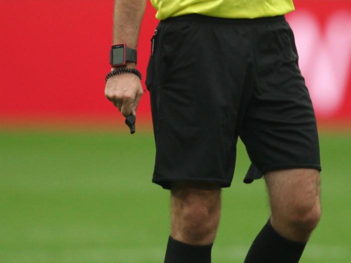 Photo of Innenminister wollen Schiedsrichter stärker vor Gewalt schützen