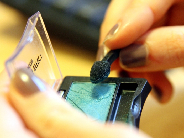 Photo of Kosmetik aus Onlinehandel wird kaum kontrolliert