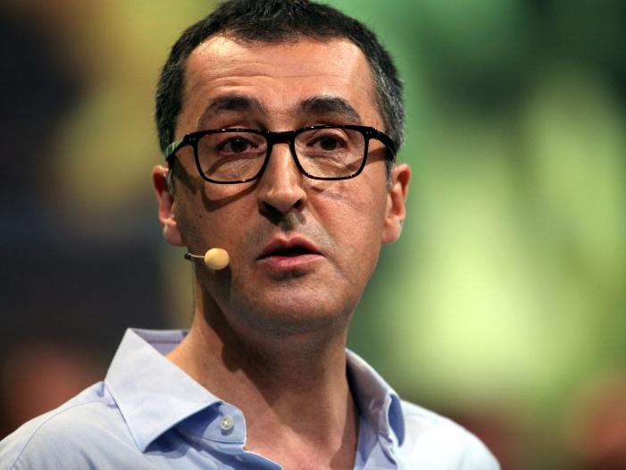Photo of Kretschmann bringt Özdemir als Kanzlerkandidaten ins Spiel