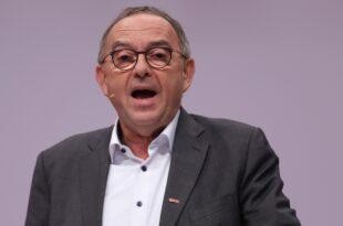 SPD Chef fordert deutliche Steuererhöhung für Spitzenverdiener 310x205 - SPD-Chef fordert deutliche Steuererhöhung für Spitzenverdiener