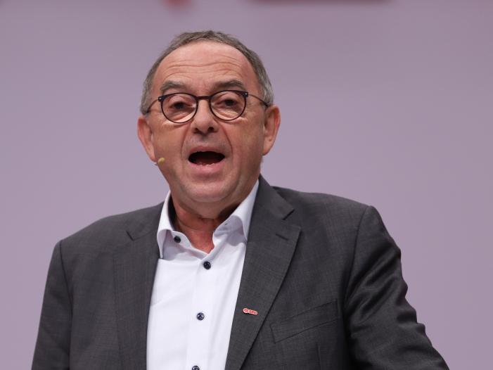 SPD-Chef fordert deutliche Steuererhöhung für Spitzenverdiener
