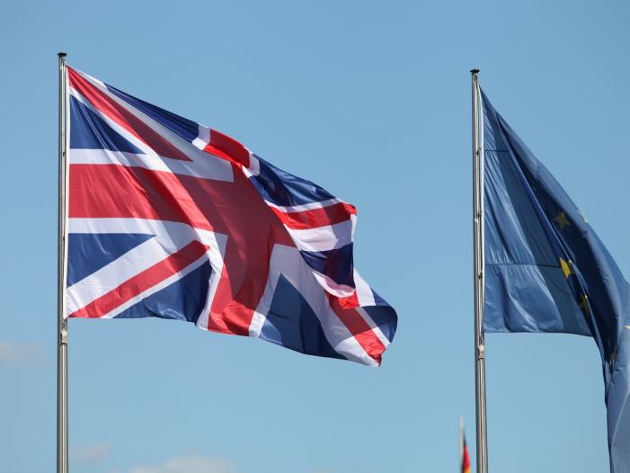 Photo of Sassoli zieht rote Linie für Verhandlungen mit Großbritannien