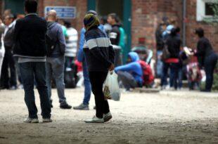 Schinas kündigt Pendeldiplomatie für Neuanfang in Migrationspolitik an 310x205 - Schinas kündigt Pendeldiplomatie für Neuanfang in Migrationspolitik an