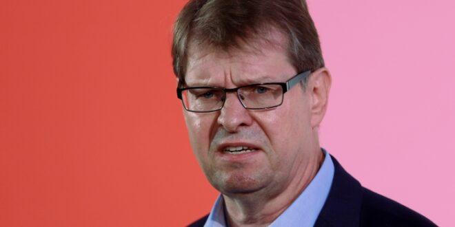 Stegner SPD Parteitag wird Schwarze Null abräumen 660x330 - Stegner: SPD-Parteitag wird Schwarze Null abräumen