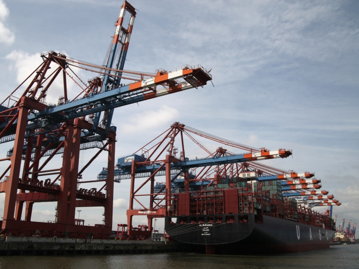 BGA: Weltkonjunktur sorgt für sinkenden deutschen Außenhandel