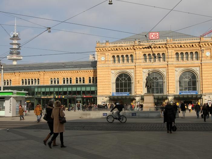 Photo of Bahn-Baustelle bremst Rennstrecke Berlin-Hannover aus