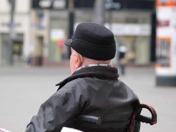 Deutlicher Anstieg von Altersarmut in Deutschland - Deutlicher Anstieg von Altersarmut in Deutschland