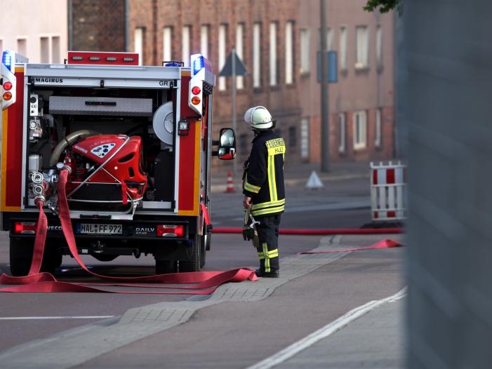 Photo of Feuerwehrverband verlangt Ende von Gewalt gegen Einsatzkräfte