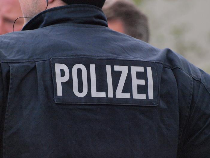 Leipzigs Polizeipräsident verteidigt Vorgehen seiner Beamten - Leipzigs Polizeipräsident verteidigt Vorgehen seiner Beamten