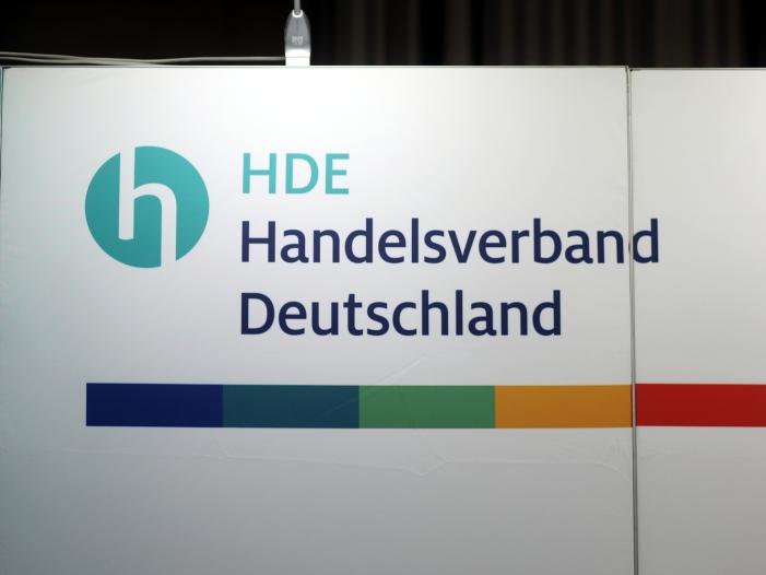 Photo of Sinkende Kundenzahlen: Handelsverband fürchtet dramatische Folgen