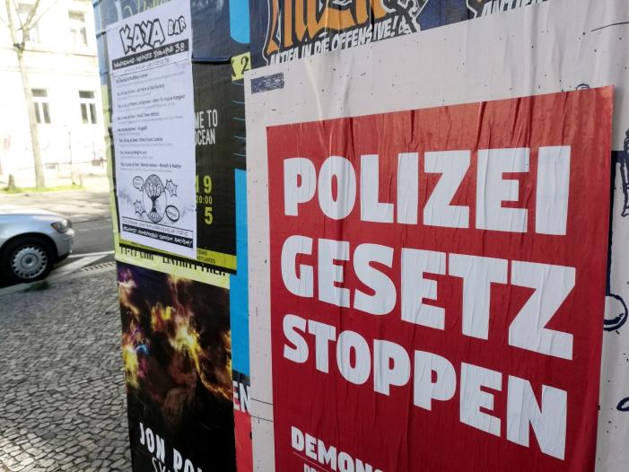 Video zeigt in Leipzig-Connewitz einzelne Angreifer