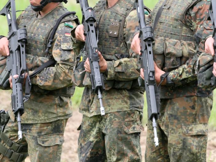 Bild von Wehrbeauftragter warnt vor Abbruch von Bundeswehreinsatz im Irak