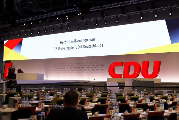 Photo of Kramp-Karrenbauer gegen baldigen CDU-Parteitag