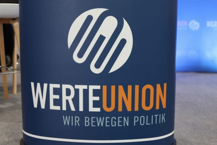 "Photo of SPD-Generalsekretär nennt Werte-Union ""AfD-Fanclub"""