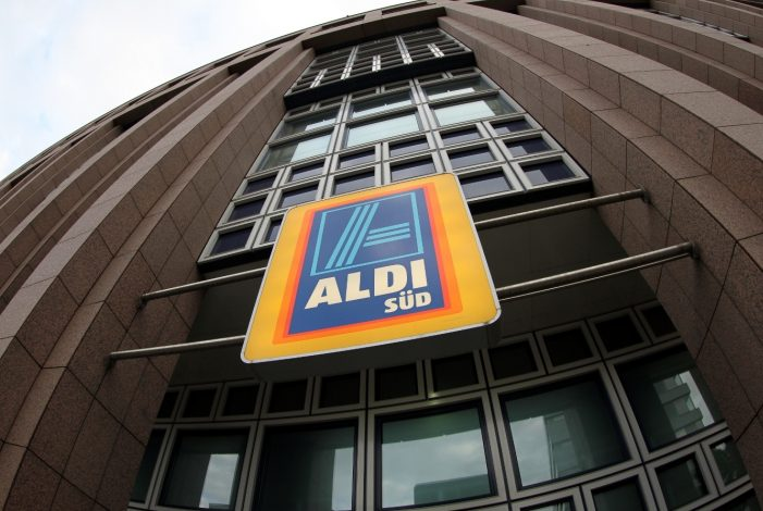 Photo of Aldi spricht mit Wirecard